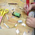 回るおもちゃ:電気の回路作りから挑戦!
